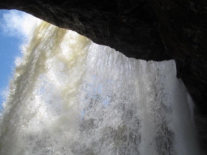 20 Western North Carolina Waterfalls - Dry Falls