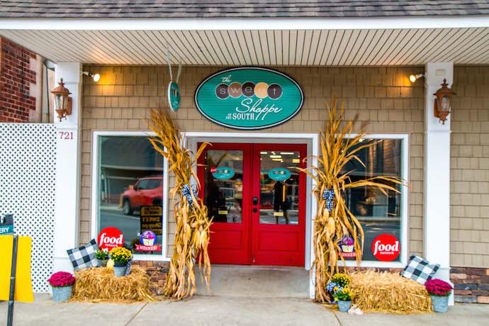 Exterior of Sweet Shoppe Bakery in Blue Ridge GA
