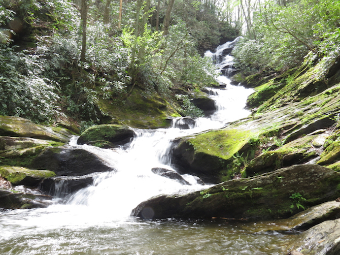 How to Get to Crabtree Falls - Roaring Fork Falls
