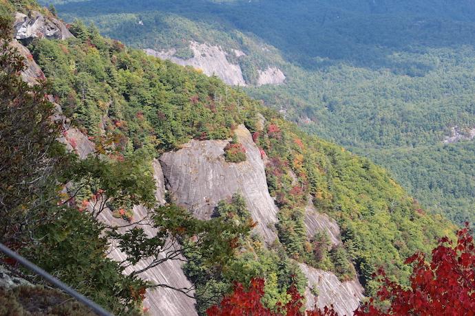 15 Best Western North Carolina Mountain Hikes - Whiteside Mountain
