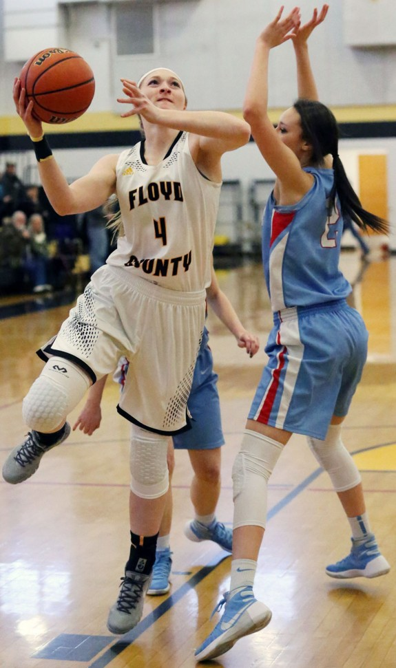 Ragan Wiseman scores two of her 20 points to pace the win over Giles. (Photos by Doug Thompson)