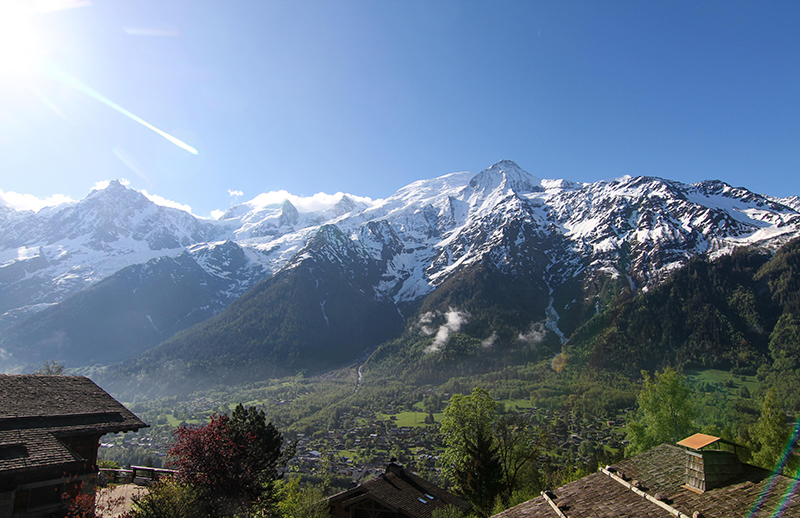 Europe, Yoga, Retreat, Chamonix, Mont Blanc, France, Luxury, Chalet, spa, hot tub, hiking, meditation, alps, wellness, health, healthy, food, mountain, travel, mountains, retreats, holistic, holiday, hike, walking, hikes, wellbeing, mindfulness, retreats, mont, blanc