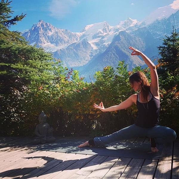 Europe, Yoga, Retreat, Chamonix, Mont, Blanc, France, Luxury, Chalet, spa, hot, tub, hiking, meditation, alps, wellness, health, healthy, food, mountain, travel, mountains, retreats, holistic, holiday, hike, walking, hikes, wellbeing, mindfulness, retreats, retraite, retraites, bien-être, sain, santé, jacuzzi, pleine, conscience, randonnée, montagne, relaxation, méditation, forêt, vegetarien, repos, detente
