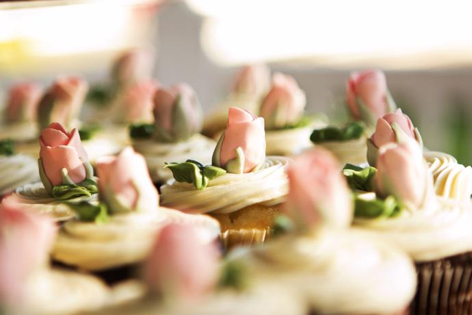 Wedding Cupcakes at Brookside Equestrian Center Wedding