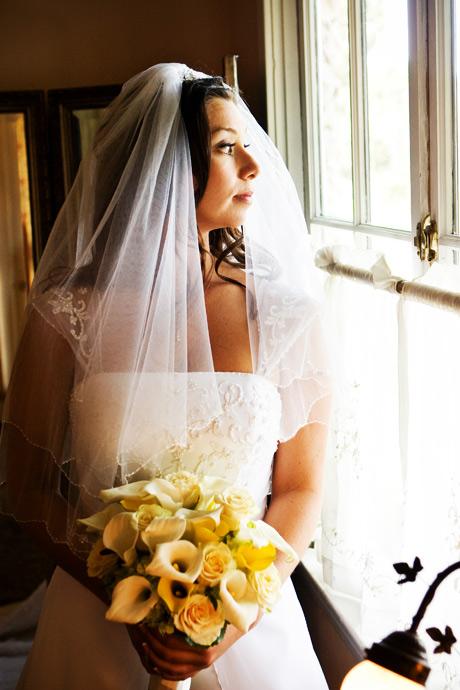 Bride at La Venta Inn Wedding