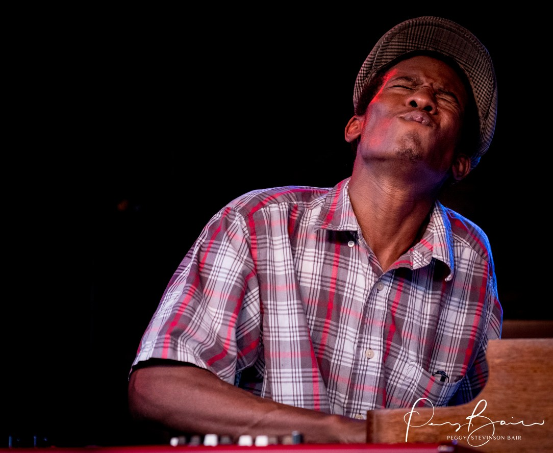 Keyboardist Jeremy Powell Southern Avenue ©2017 Blues Insights Peggy Stevinson Bair