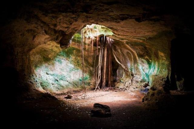 Cueva de Ambrosio, bat-cave in varadero, cuba, Blue Sky and Wine