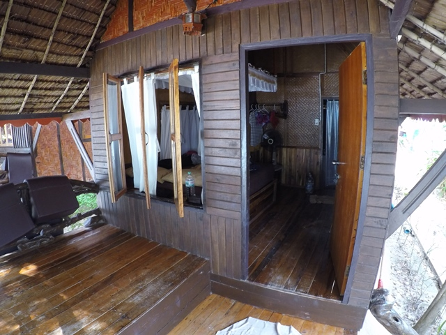 The beach front cabin in Phi Phi Relax Beach Resort, Thailand, Blue Sky and Wine