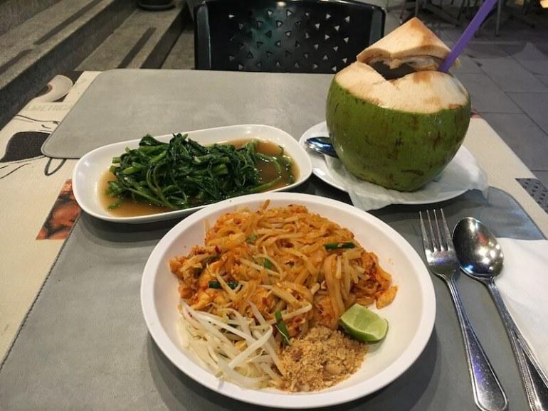 Thai food Blue Sky and Wine