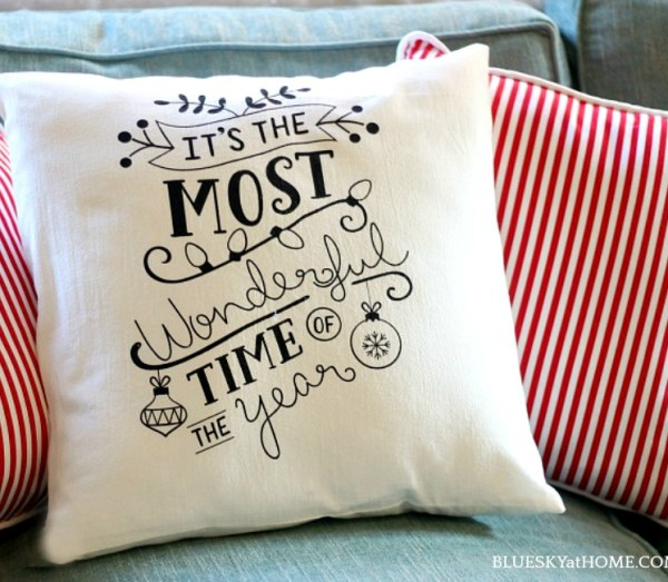 How to Make a Christmas Pillow from A Dish Towel ~ an easy DIY sewing project to transform cute dish towels into holiday decor.