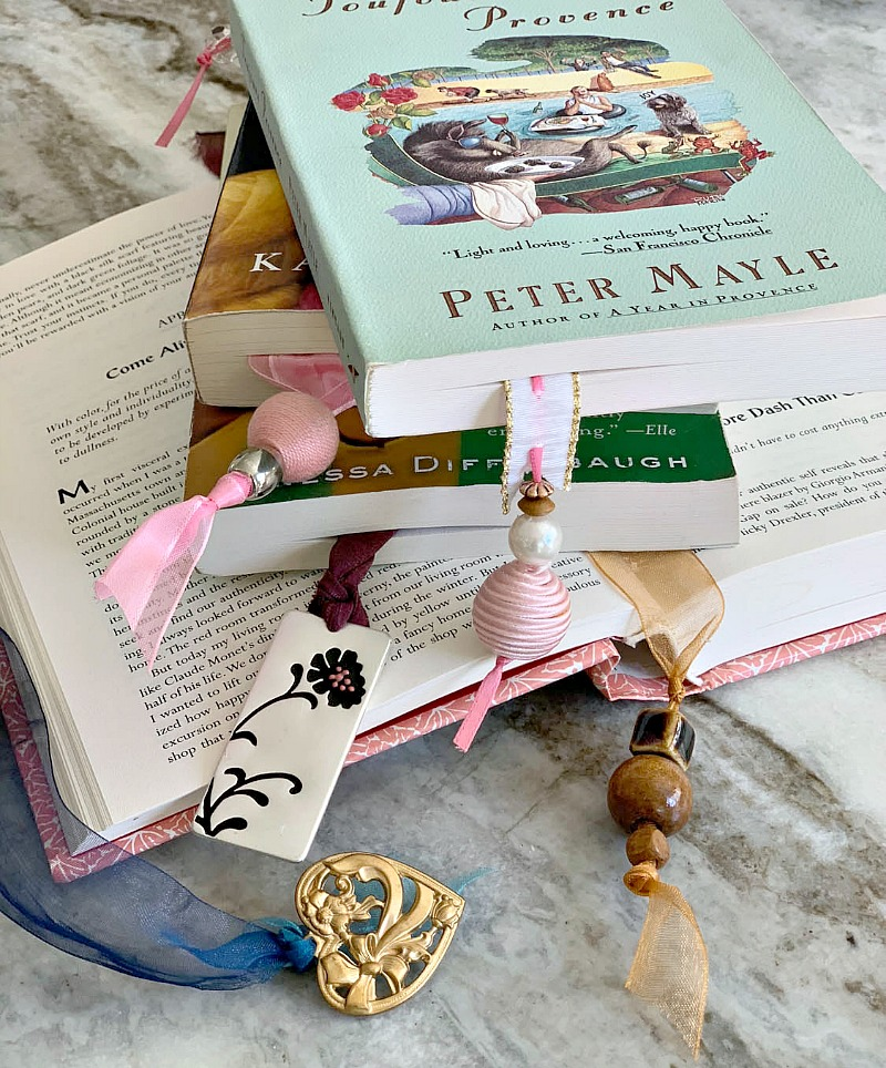 bookmarks made with ribbon and beads
