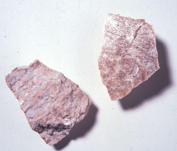 An image of a potassium crystal