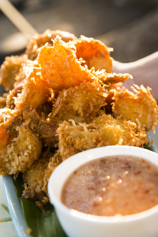 Coconut shrimp with lychee dipping sauce - Maui