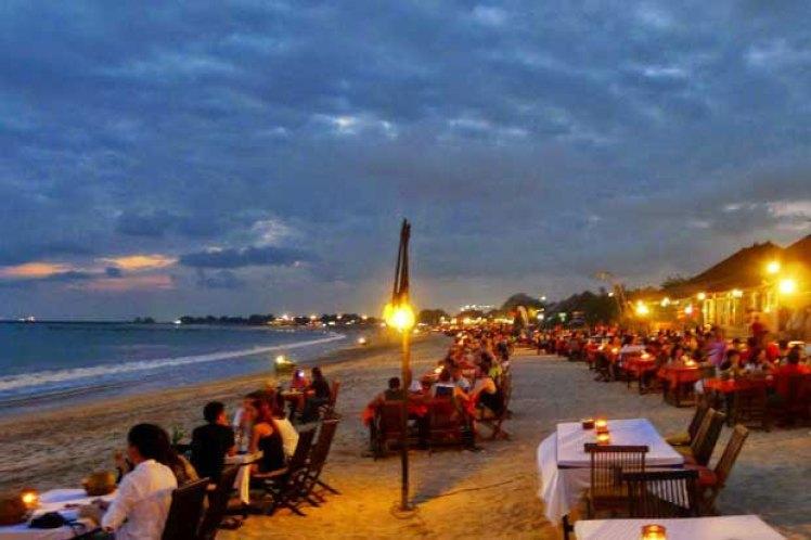 jimbaran sunset dinner