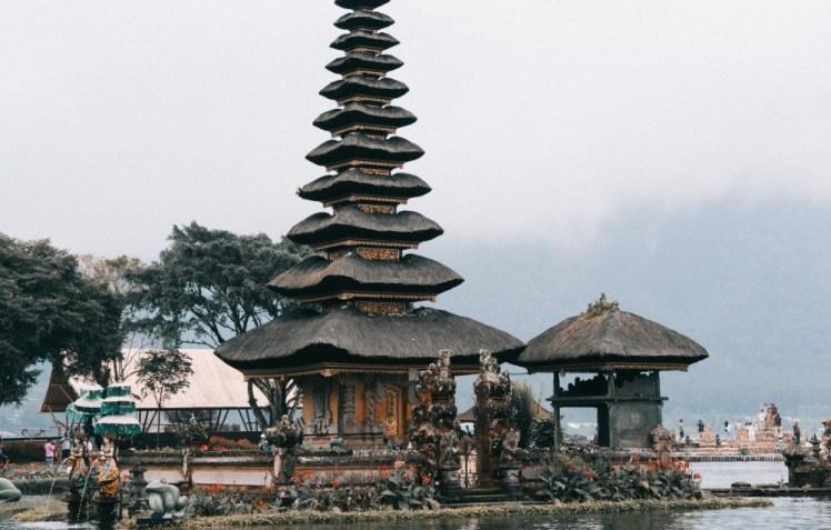 north bali tour - ulun danu temple