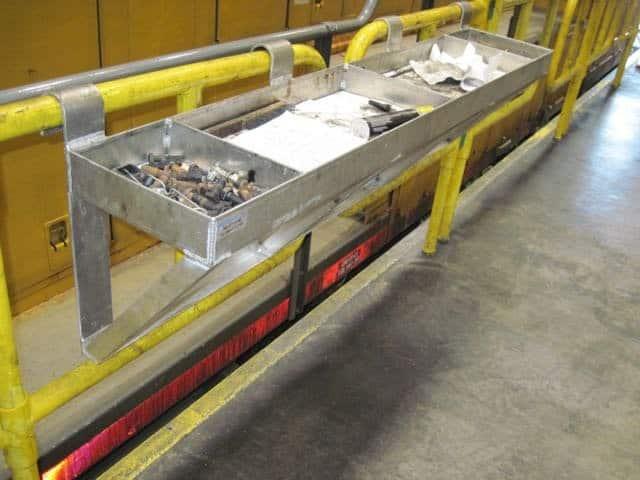 Handrail Tool Tray11