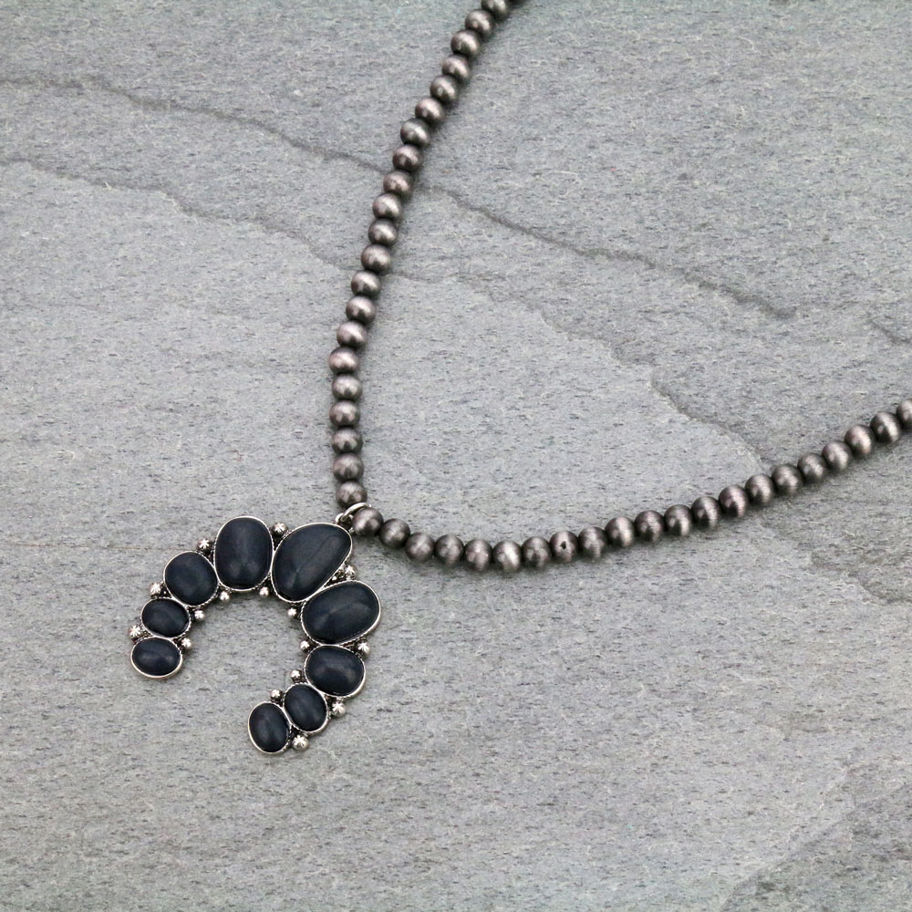 Blossom Shape Pendant with Navajo Necklace-MNE-0024/BLK