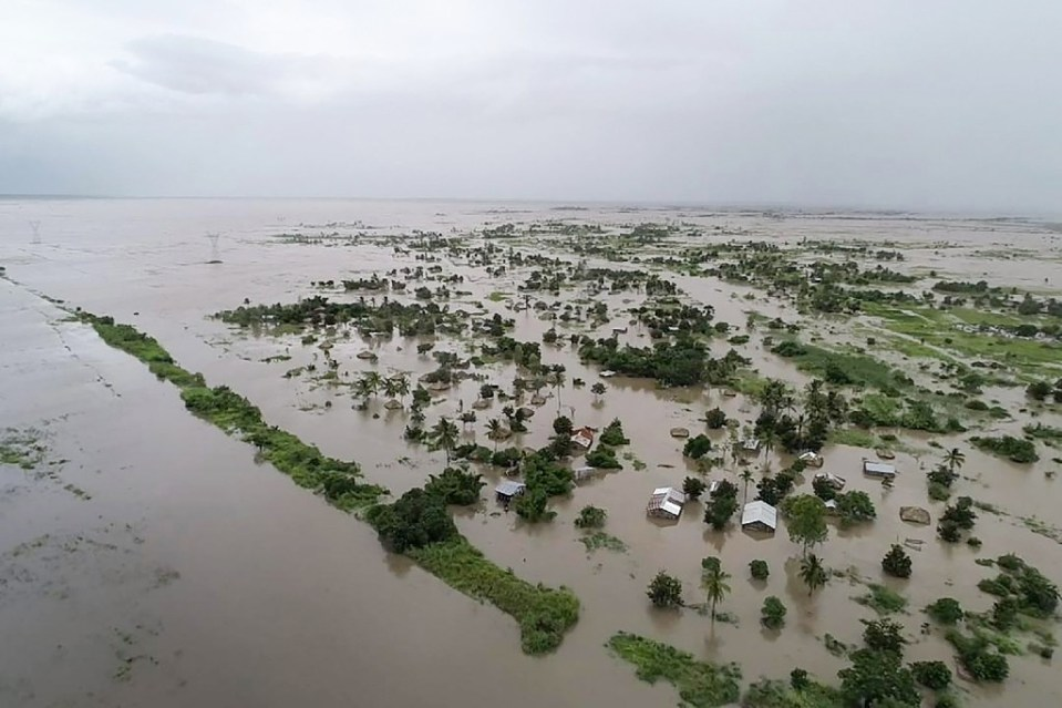 Simango redoubled his efforts to build Beira's cliamte defences after the destruction of Cyclone Idai in 2019 - Handout / ©AFP