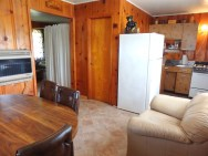 Cabin 6, Living/Kitchen