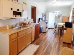 Cabin 5, Kitchen
