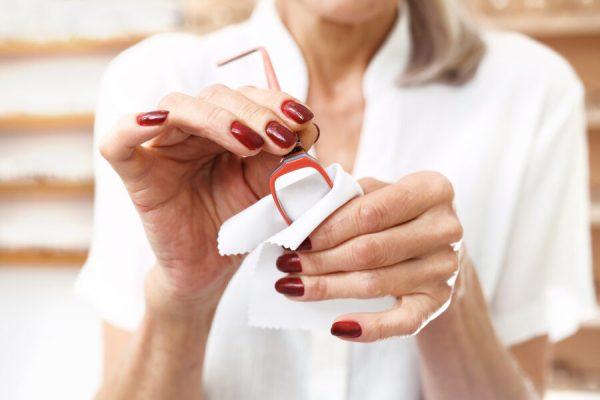 consejos para limpiar tus gafas e1573756824752