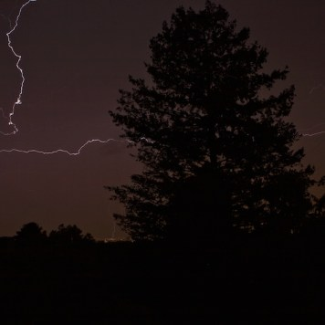 Lightning During A Power Outage | Blurbomat.com