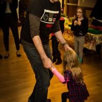Cousins dancing | Blurbomat.com