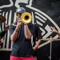 Let it slide Street musician playing trombone in New Orleans | Blurbomat.com