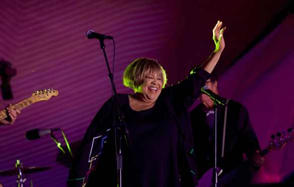 Mavis Staples at Santa Monica Pier's Twilight Concert 8/18/16. Photo by Derrick K. Lee, Esq. (@Methodman13) for www.BlurredCulture.com.