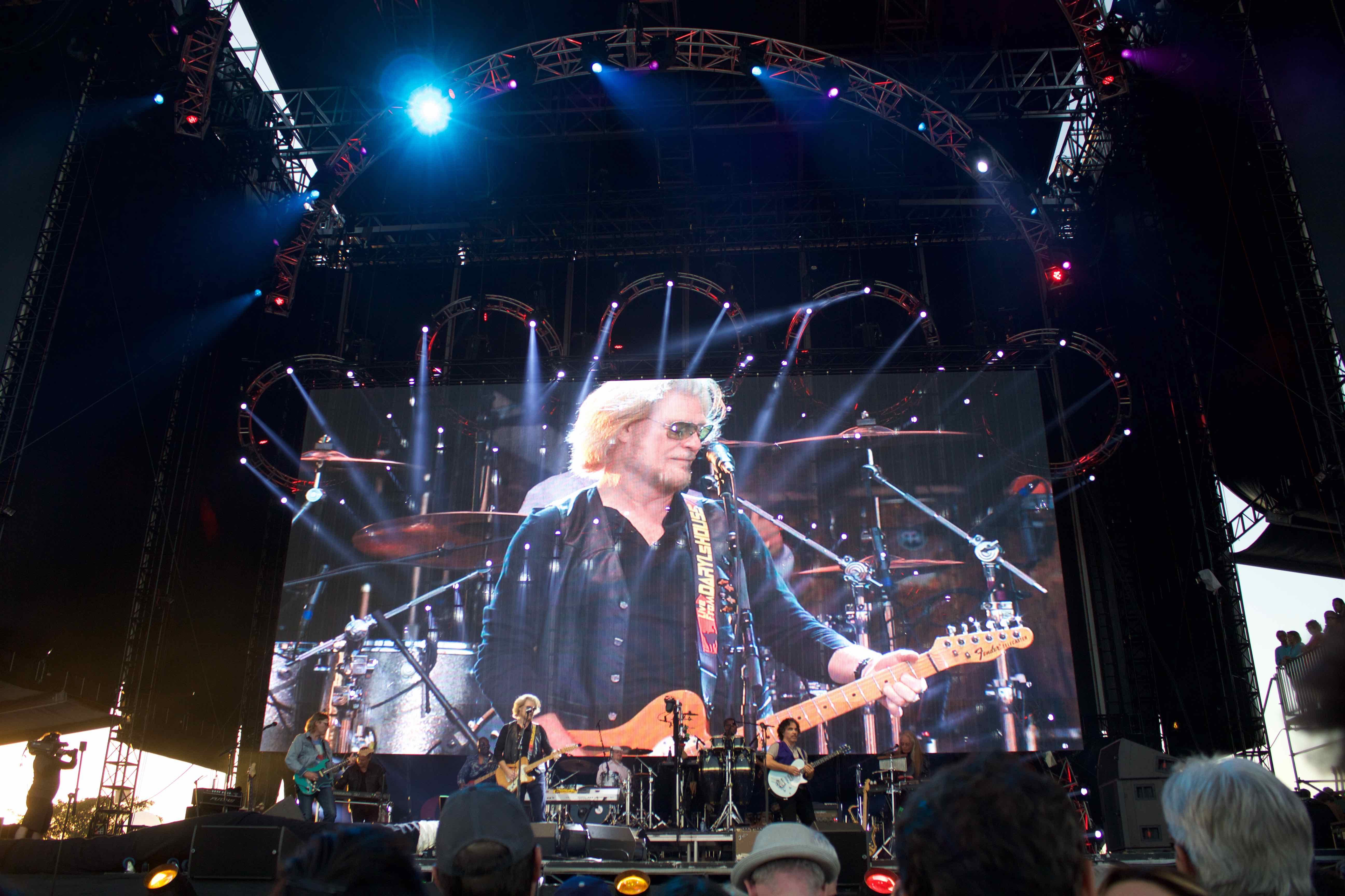 Daryl Hall & John Oates at KAABOO 2016, September 16th. Photo by Derrick K. Lee, Esq. (@Methodman13) for www.BlurredCulture.com.