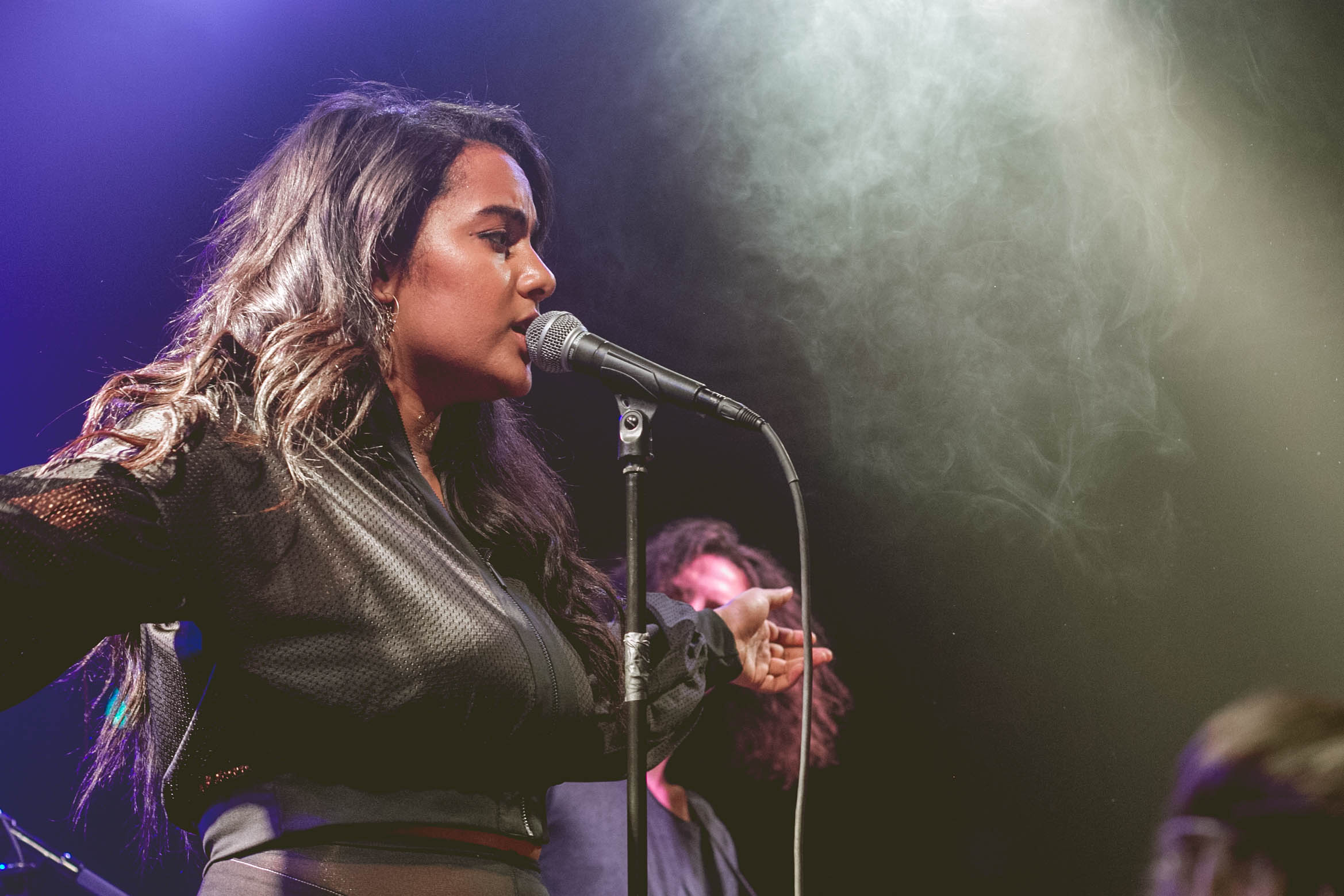Bibi Bourelly @ Bootleg Theater 11/12/16.Photo by Hector Vergara (@theHextron) for www.BlurredCulture.com. This photo was obtained under the express authorization and license by Red Bull Media House North America, Inc.