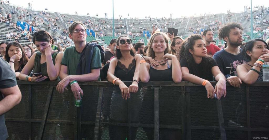Sampha (front row shot) @ Forrest Hill Stadium 5/19/17. Photo by Vivian Wang (@Lithophyte) for www.BlurredCulture.com.