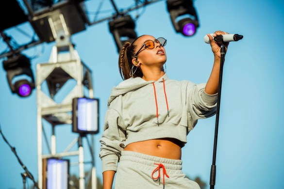 Tinashe at HARD Summer 8/6/17 @ Glen Helen Amphitheater. Photo by Justin James (@JustnJames_) for www.BlurredCulture.com.