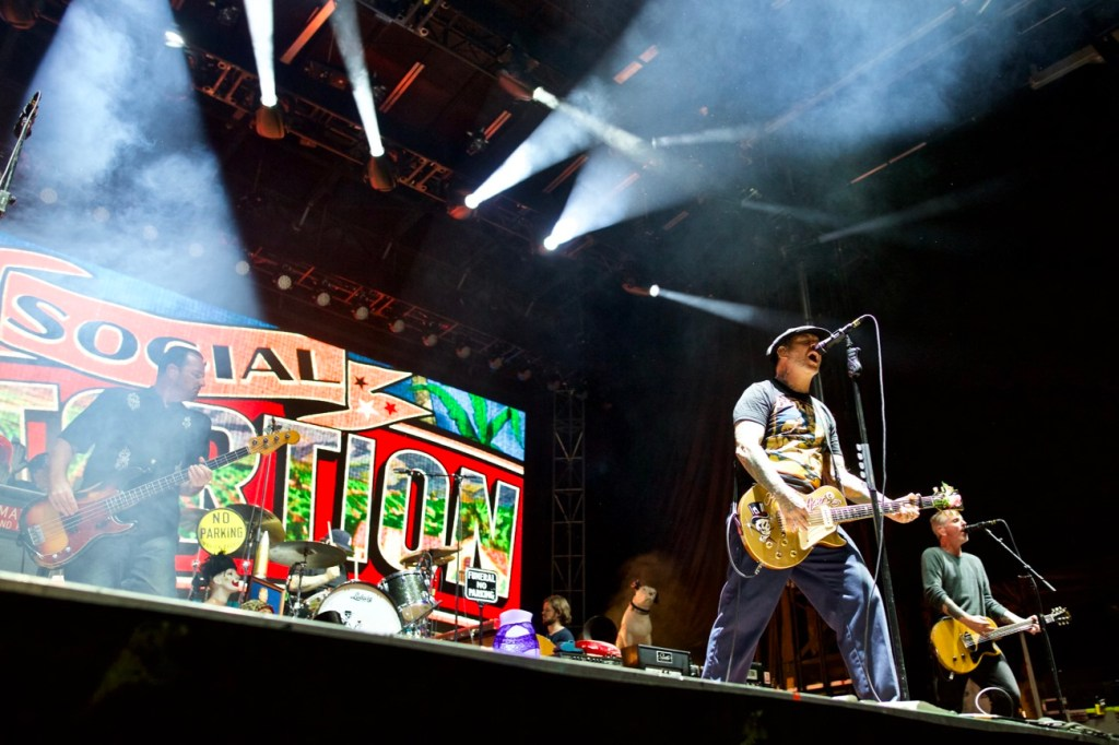Social Distortion @ The Ohana Fest 9/8/17. Photo by Derrick K. Lee, Esq. (@Methodman13) for www.BlurredCulture.com.