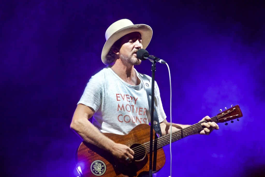 Eddie Vedder w/ Jack Johnson @ The Ohana Fest 9/10/17. Photo by Derrick K. Lee, Esq. (@Methodman13) for www.BlurredCulture.com.