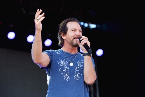 Eddie Vedder @ The Ohana Fest 2017. Photo by Derrick K. Lee, Esq. (@Methodman13) for www.BlurredCulture.com.