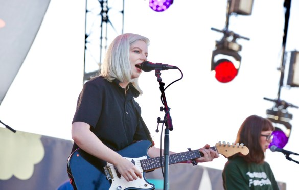 Alvvays at Music Tastes Good 2017 9/30/17. Photo by Derrick K. Lee, Esq. (@Methodman13) for www.BlurredCulture.com.