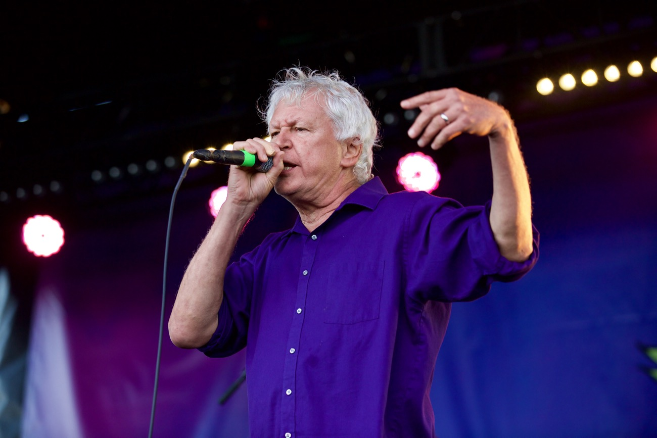 Robert Pollard Of Guided By Voices Has Still Got It – Blurred Culture