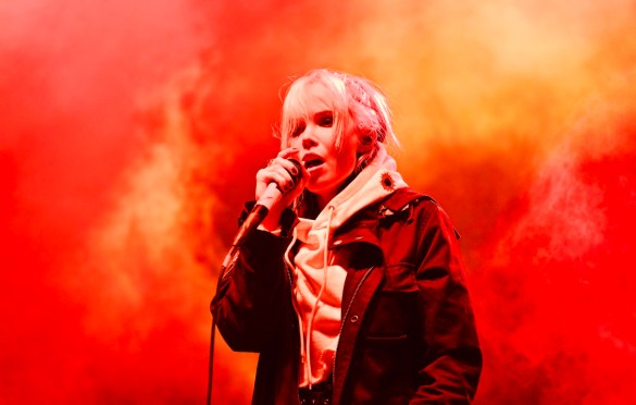 Alice Glass at The Growlers Six 10/29/17. Photo by Derrick K. Lee, Esq. (@Methodman13) for www.BlurredCulture.com.
