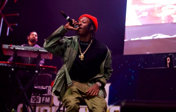 Joey BadA$$ @ The Forum 12/16/17 for Power 106's Cali Christmas. Photo by Derrick K. Lee, Esq. (@Methodman13) for www.BlurredCulture.com.