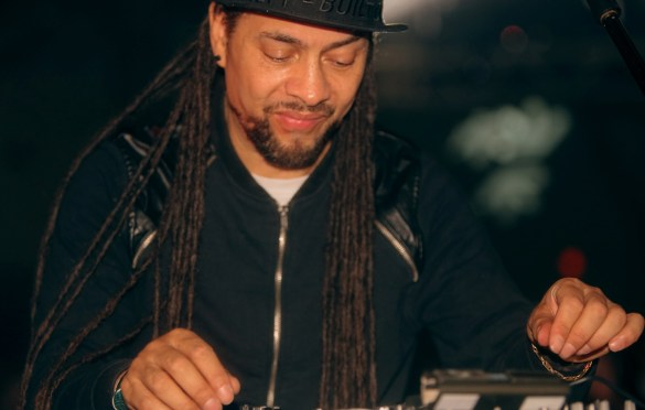 Roni Size @ Day For Night 2017. Photo by Simon Diaz (@thetragicblondes) for www.BlurredCulture.com.