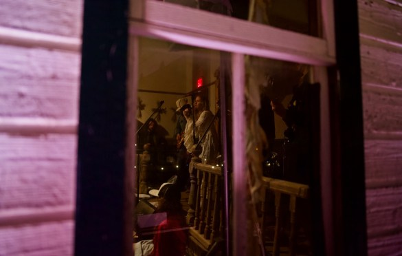 Watching Margo Price sing from outside The Luck Chapel @ Luck Reunion 2018. Atmosphere. Photo by Derrick K. Lee, Esq. (@Methodman13) for www.BlurredCulture.com.