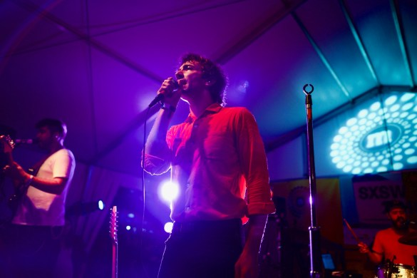 Albert Hammond Jr. @ Lustre Pearl 3/17/18. SXSW 2018. Photo by Derrick K. Lee, Esq. (@Methodman13) for www.BlurredCulture.com.