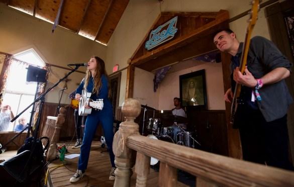 Jade Bird at Luck Reunion 3/15/18. Photo by Derrick K. Lee, Esq. (@Methodman13) for www.BlurredCulture.com.