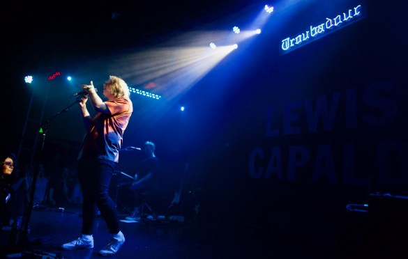 Lewis Capaldi @ The Troubadour 6/6/18. Photo by Derrick K. Lee, Esq. (@Methodman13) for www.BlurredCulture.com.