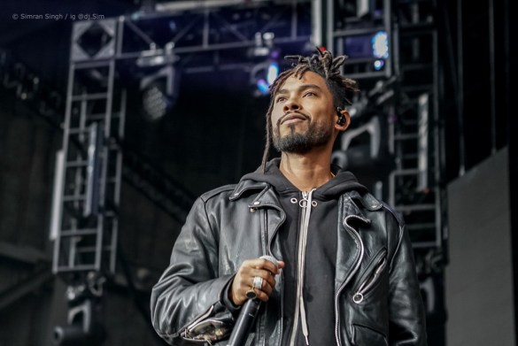 Miguel @ Powerhouse 2018 @ The Glen Helen Amphitheater 5/12/18. Photo by Simran Singh (@dj.sim) for www.BlurredCulture.com.