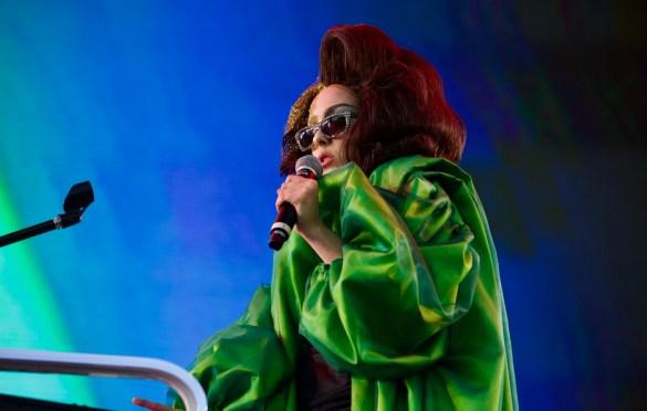 Allie X @ LA! Pride 6/10/18. Photo by Derrick K. Lee, Esq. (@Methodman13) for www.BlurredCulture.com.