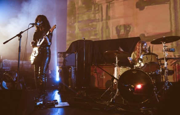 L.A. Witch @ Masonic Lodge at Hollywood Forever 5/30/18. Photo by Hector Vergara (@theHextron) for www.BlurredCulture.com.