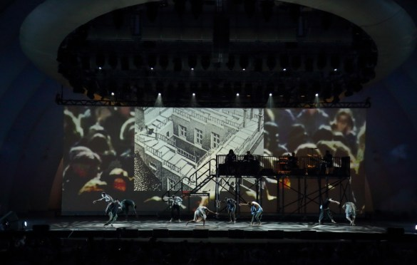 Bon Iver and TU Dance @ Hollywood Bowl 8/5/18. Photo by Craig T. Mathew/Mathew Imaging. Courtesy of Hollywood Bowl. Used with permission.