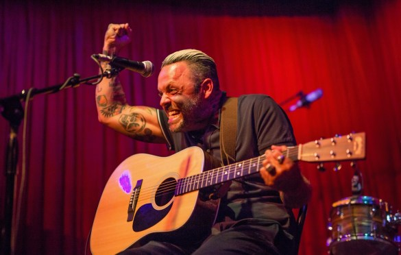 Justin Furstenfeld @ Hotel Cafe 7/19/18. Photo by Derrick K. Lee, Esq. (@Methodman13) for www.BlurredCulture.com.